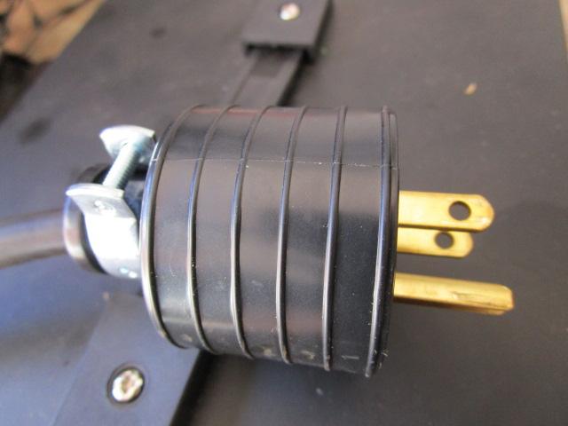 American 3 pin plug